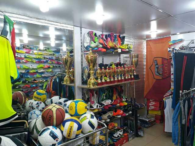 محلات المونديال للمعدات الرياضية بالخرطوم تشتكي نادي شهير