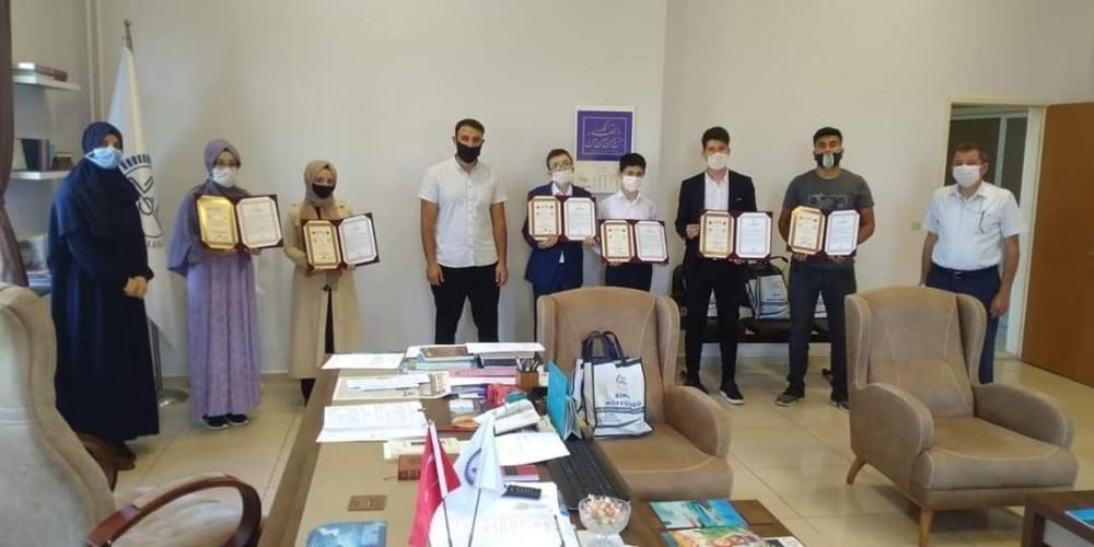 Simav'da hafızlık diploma töreni