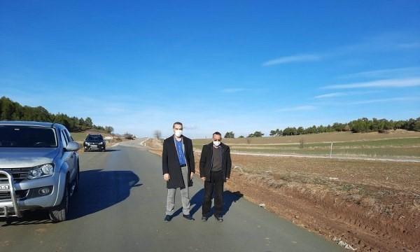Emet'te 2 köy yolu beton asfalt