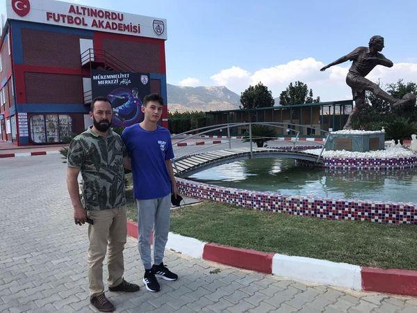 Simav'dan 'Altınordu Futbol Akademisi'ne futbolcu desteği
