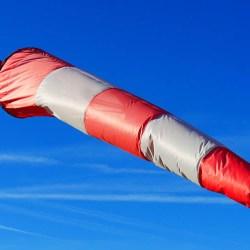 IMGW zapowiada: dwa dni z niebezpiecznym wiatrem