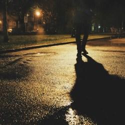 ITS przestrzega: Po zmroku ginie najwięcej pieszych