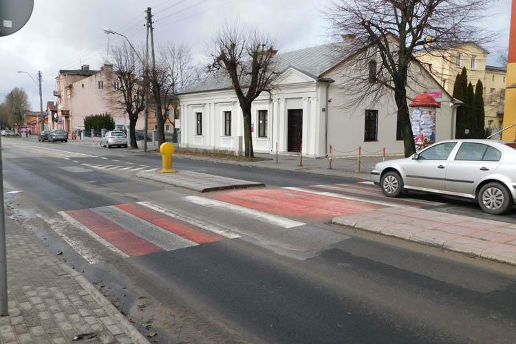Na Barlickiego będą lepiej widoczne przejścia dla pieszych