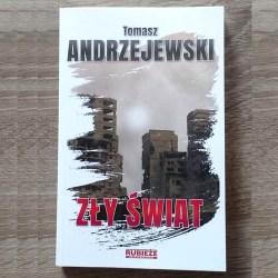 Tomasz Andrzejewski - książkowy debiut kutnianina