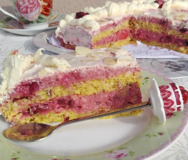 Voćna torta sa bademom