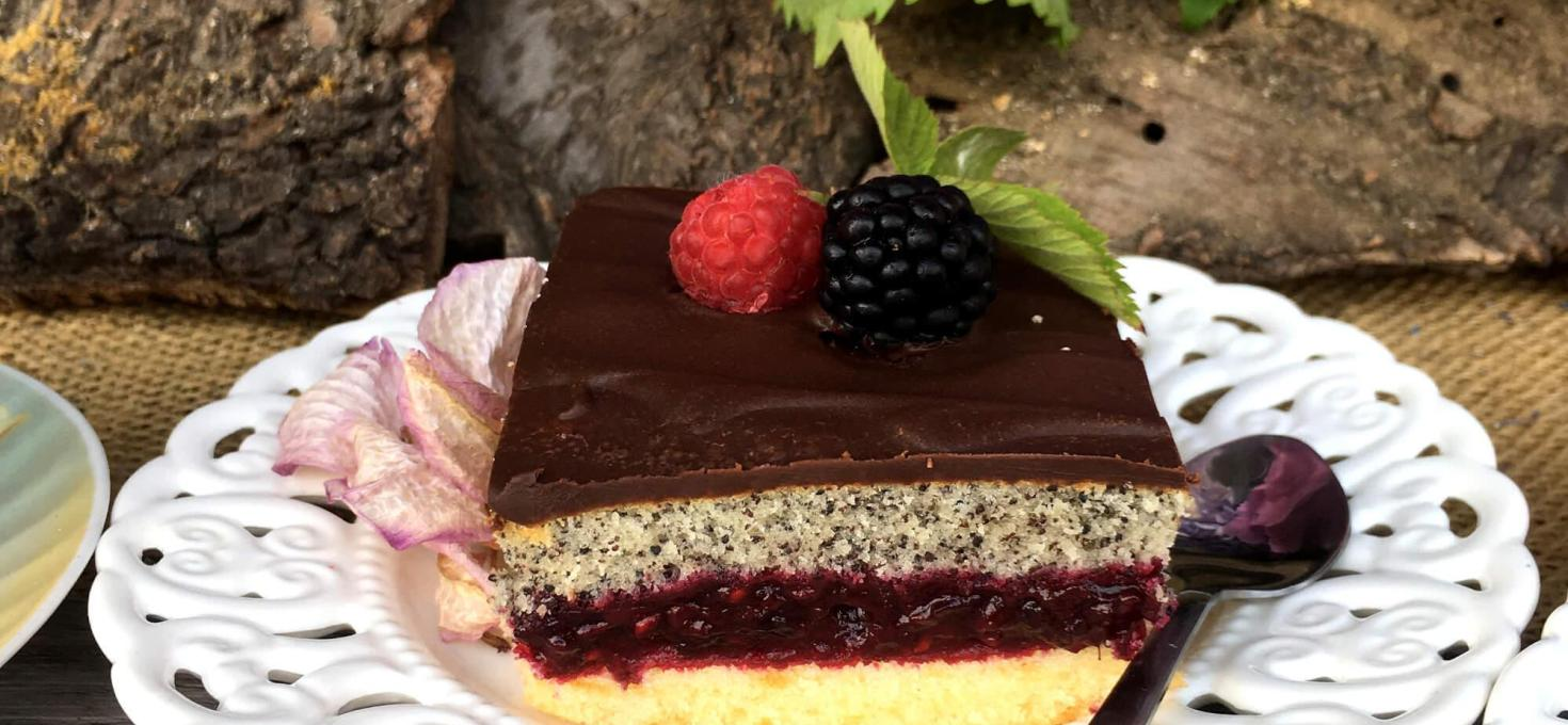 Voćni kolač sa makom