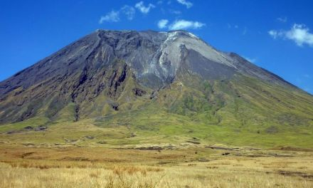 3 day Trekking to Oldonyo Lengai