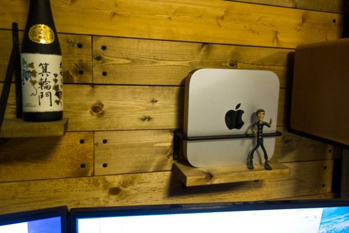 部屋mac mini