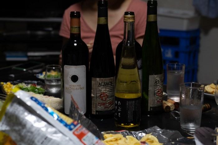 大雪渓でワイン