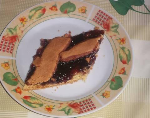 Embëlsirë me reçel kumbulle - Esmeralda Geci - KuzhinaIme.al