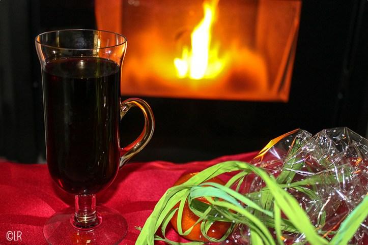 Glaasje kruidige warme wijn naar het originele recept uit 1934.