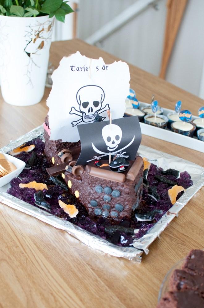 sjørøverskute kake oppskrift