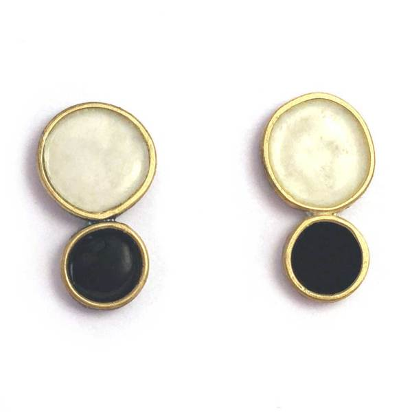 double dots earrings in black and white