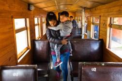 Kolejny wagon z pasażerami