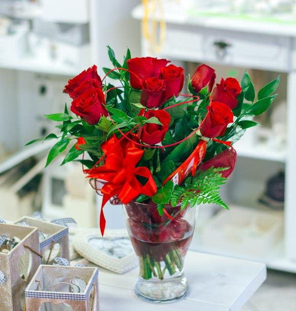 czerwony bukiet róż
