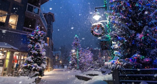 3 Reasons Our Brain Loves Christmas Spirit