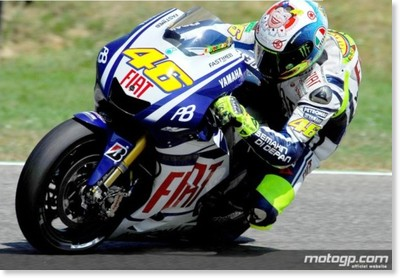 http://www.motogp.com/ja/photos/2010/Rossi+crashes+during+FP2+in+Mugello+11