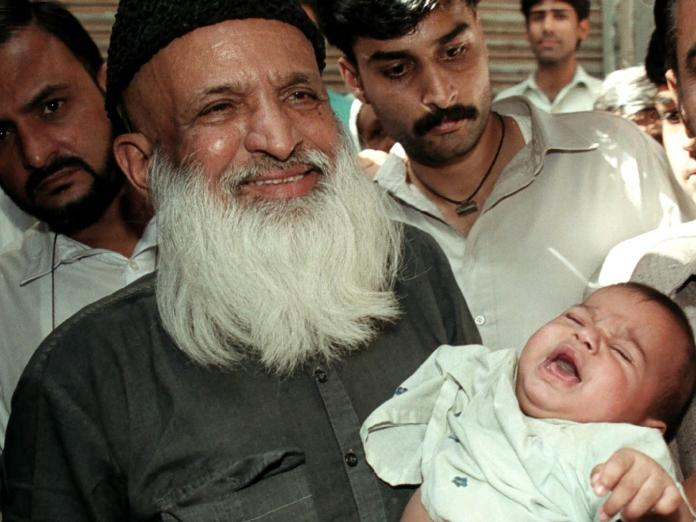 Abdul Sattar Edhi: Five things you need to know about 'Pakistan's Mother Theresa'