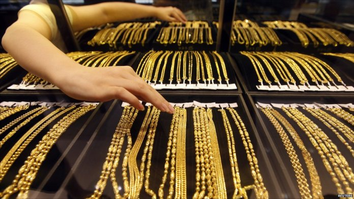 Authorities discovered fraud of KD 50,000 at gold store in Al-Rai