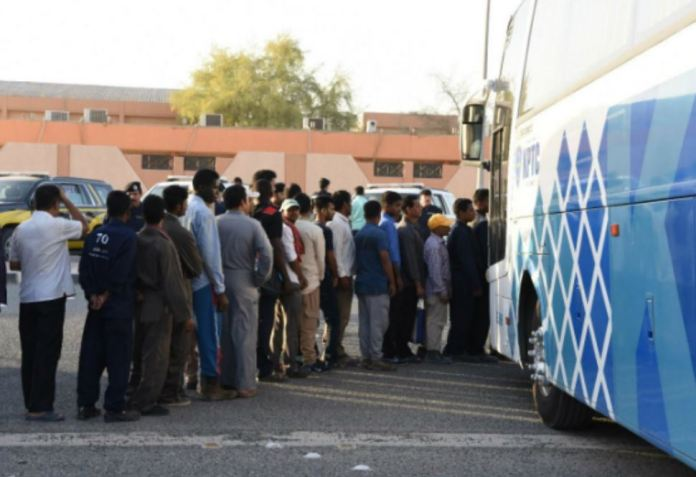 120,000 illegal expatriates in Kuwait City