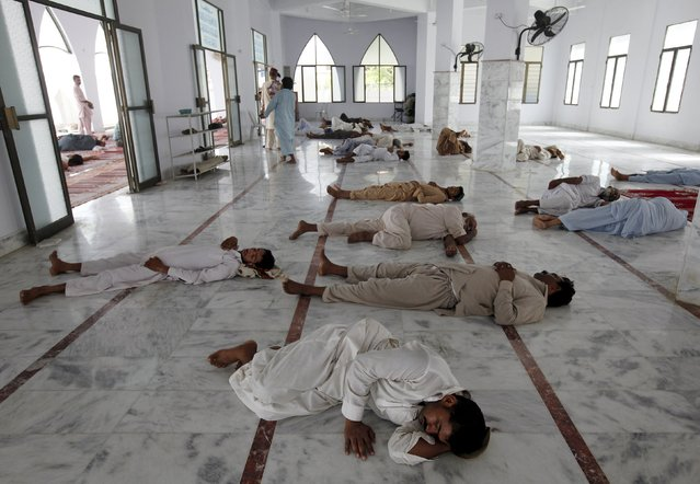 Kuwait: Sleeping in mosques not allowed