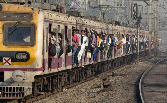 Mumbai local train dissuades near Mahim station, services get impacted