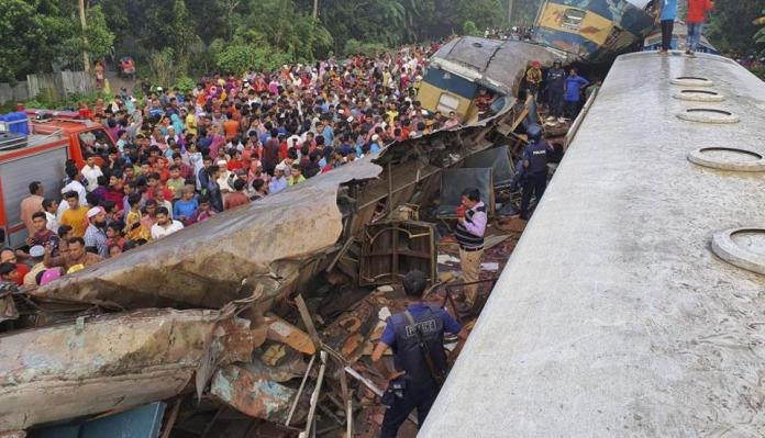 Estimated 15 killed, 58 wounded as two trains collided in eastern Bangladesh