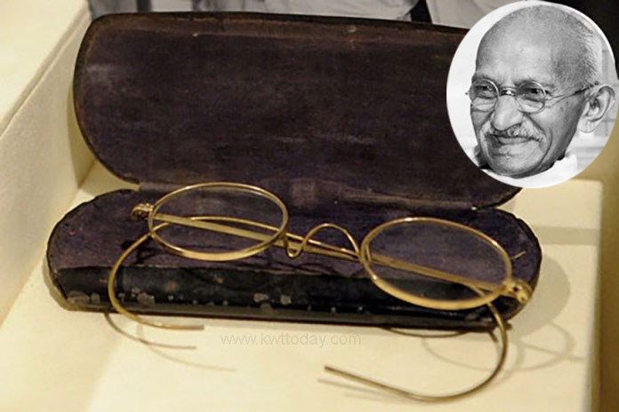 Mahatma Gandhi's Gold-Plated Glasses To Be Auctioned In UK