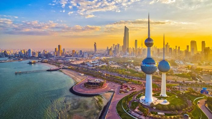 Kuwait government mulls possible return of partial curfew