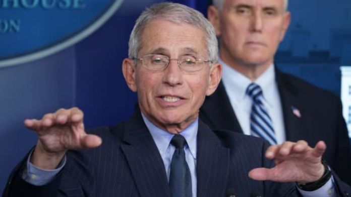 USA - Anthony Fauci asks Americans to take whatever vaccine is available