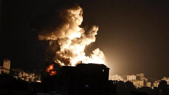 Israel threatens Gaza with ground invasion