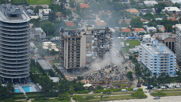 U.S. : At least 159 missing after building collapses in South Florida