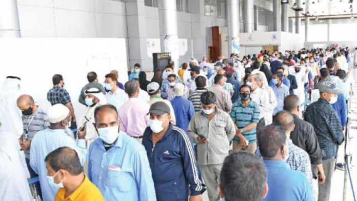 Kuwait: Large turnout for vaccination on Eid al-Adha