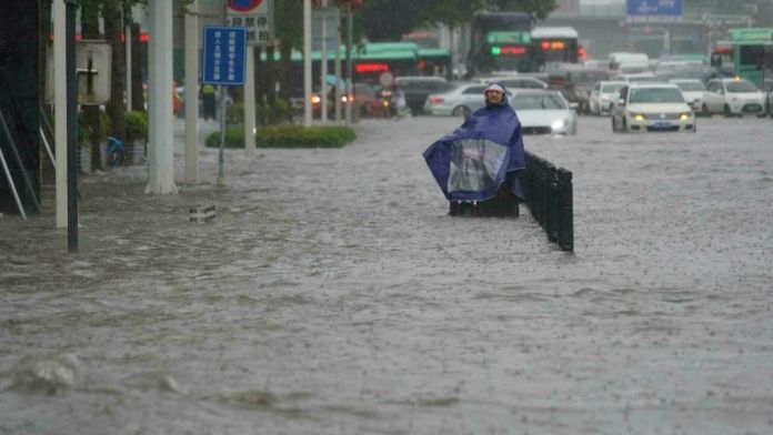 China : At least 25 killed due to floods in central China