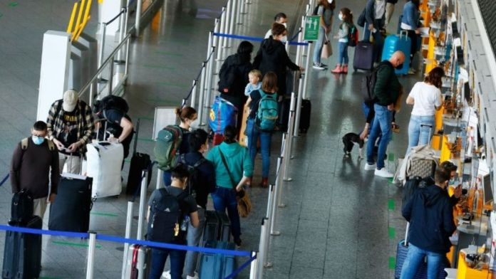 Germany : Travel ban lifted on countries hit by the Delta variant
