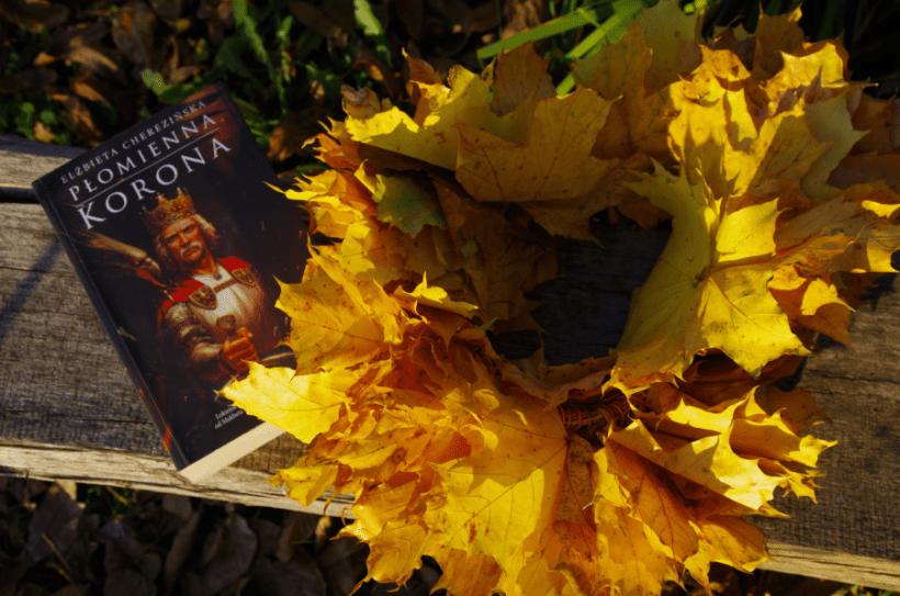 Płomienna Korona - Cherezińska - Okładka