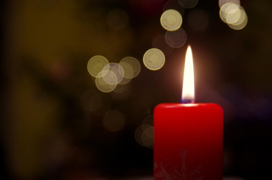 Życzenia pretensjonalne ze świecą