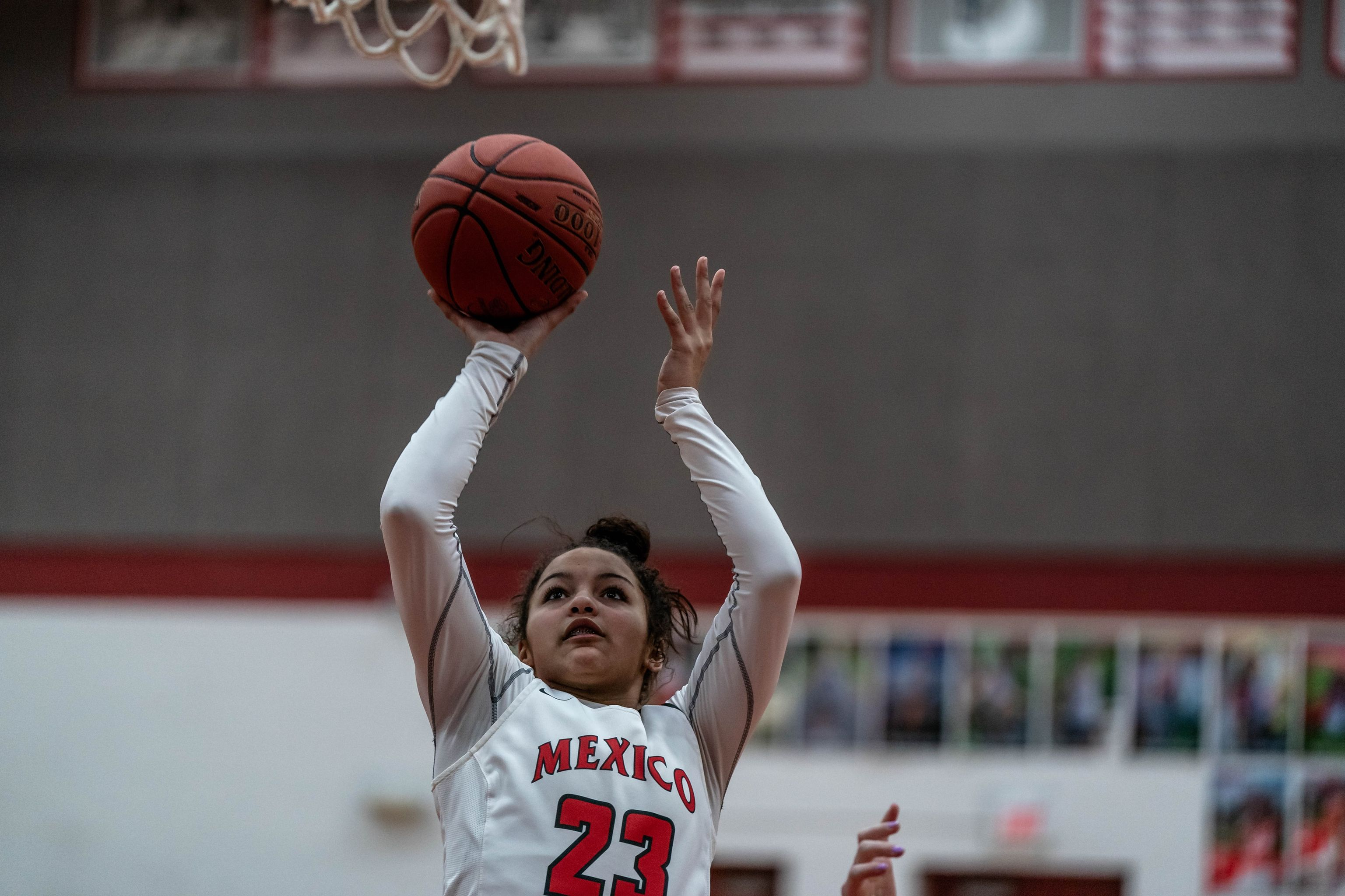 Mexico High School Lady Bulldogs Phenomenal Forward Mya Miller Commits To Columbia College