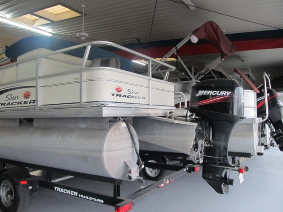 Sun Tracker Fishing Barge for sale at Ky All Boats Service Center