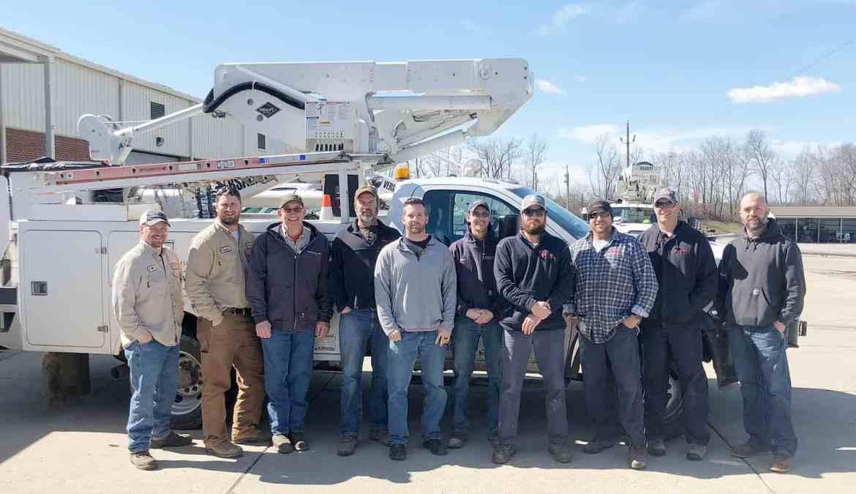 Kentucky Co Op Linemen Aid Virginia Storm Relief