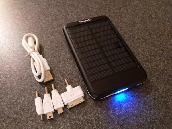 Treqkr50_Solar_Battery_Pack_2