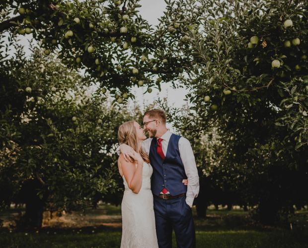 Mt View Orchard Wedding Photography