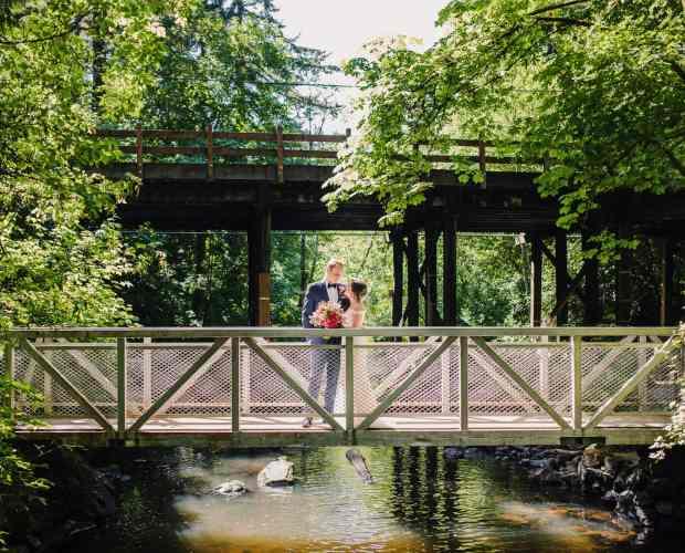 Leach Botanical Garden Wedding Photographer