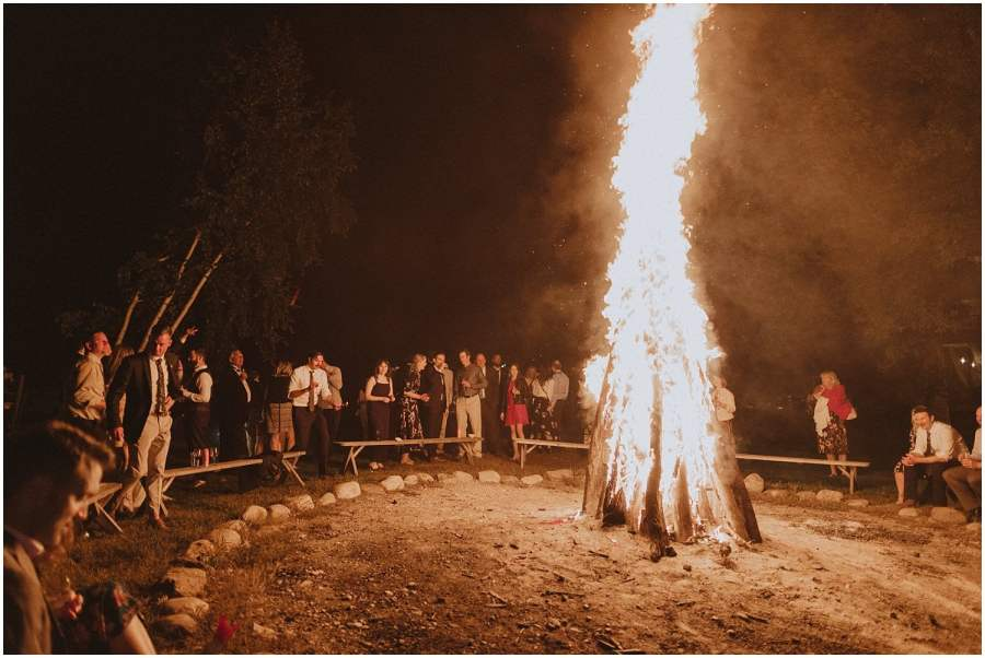 giant campfire guests dancing camp wandawega wedding reception wisconsin wedding elopement photographer kyle szeto
