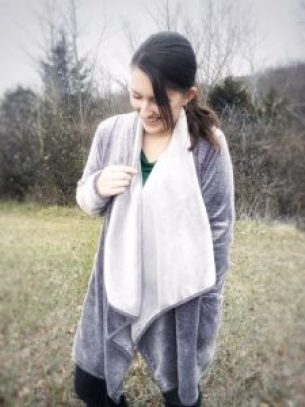 Looking for a gift for the woman in your life? You can't go wrong with a cozy fleece wrap cardigan! Check out the Sleepyheads Fleece Wrap with open front and deep side pockets!