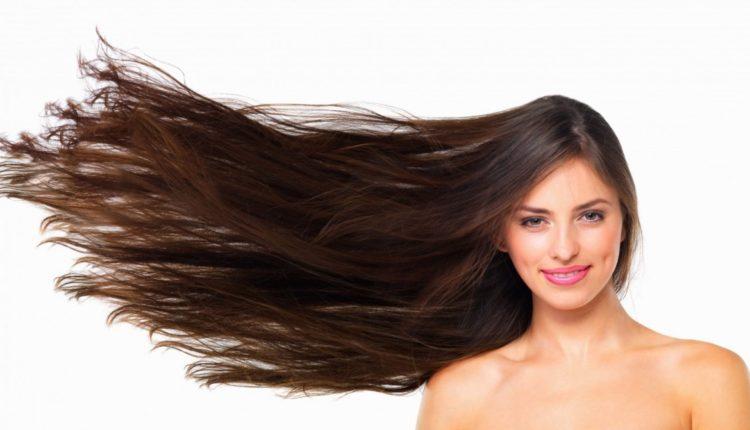Để tóc khô tự nhiên là biện pháp tốt nhất