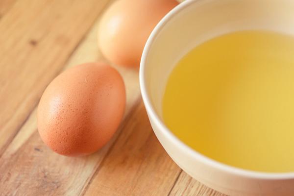 Trứng gà là một nguyên liệu làm đẹp không thể thiếu của chị em
