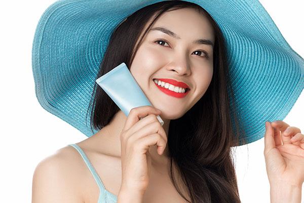 Chống nắng bảo vệ da khỏi tia cực tím