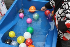 In the garden is the Yo-Yo fishing. Kids always love this.
