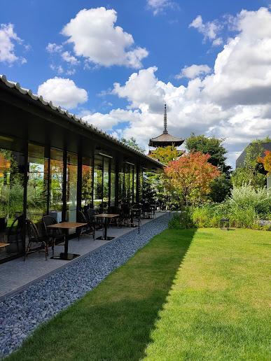 【京都東山、清水小学校の跡地に2020年3月にオープンした「ホテル青龍京都」へ】